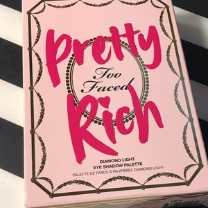 Too Faced Pretty Rich Palette